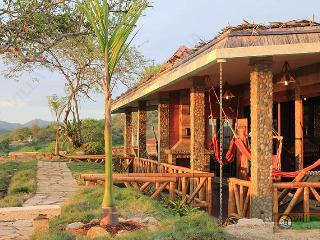 Suites Baja Montañita - Villa Curia - Santa Elena vacation rentals