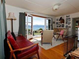 The Black Shack- Absolute Lakefront Absolute Bliss - Lake Hawea vacation rentals