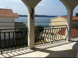8075  A2(4) - Bibinje - Bibinje vacation rentals