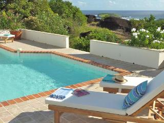 Private villa with comfortable and harmonious colors WV VEL - Camaruche vacation rentals