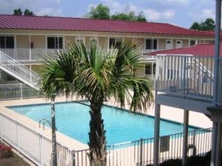 Nice Condo with Deck and Internet Access - Biloxi vacation rentals