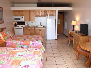 Nice Condo with Shared Outdoor Pool and Water Views - Maunaloa vacation rentals
