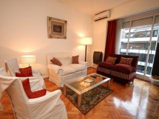 FABULOUS  ¡¡ Near Metro.  3 Bedrooms, Bathroom and Toilet, in Recoleta - Buenos Aires vacation rentals