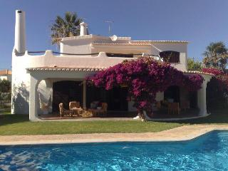 Beach front villa private pool Albufeira 5 bedroom - Patroves vacation rentals