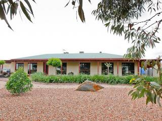 Perfect House with Internet Access and Dishwasher - Mildura vacation rentals