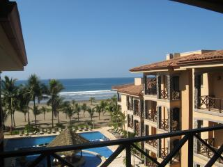 Beachfront Luxury 4th Floor Condo Has Ocean And Rainforest Views - Kansas vacation rentals