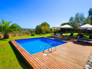 Modern Finca with pool access and wonderful views - Cala Millor vacation rentals