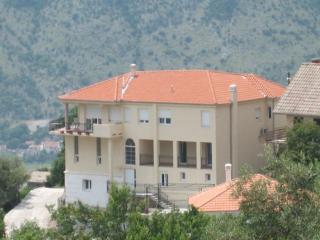 Montenegro self catering apartment in Sušcepan - Tivat vacation rentals