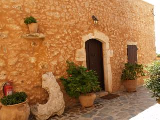 Samonas - No3 Diktamos / One bedroom villa - Chania Prefecture vacation rentals