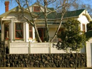 Comfortable Bed and Breakfast with Internet Access and A/C - Mt Eden vacation rentals