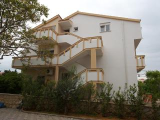 Romantic 1 bedroom Novalja House with Internet Access - Novalja vacation rentals