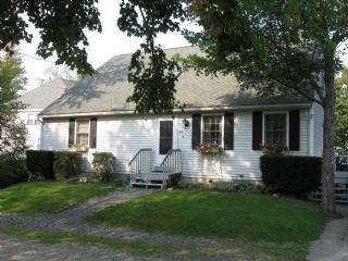 Exterior - Y745 - York - rentals