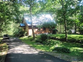 Driveway to Property - Y752 - York - rentals
