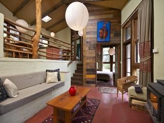 Cottage Interior Living Area - Kanimbla View Clifftop Retreat - Blackheath - rentals