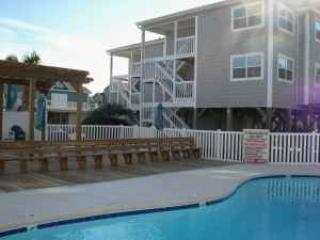 Beautiful 1 Bedroom Condo-  5 minute walk to beach - Ocean Isle Beach vacation rentals