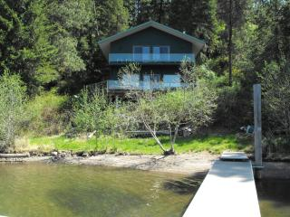 Lake Coeur d'Alene Family Cabin with Sandy Beach - Northern Idaho vacation rentals