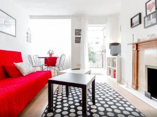 London Flat in leafy Putney area - Close to WImbledon Tennis Courts - Richmond vacation rentals
