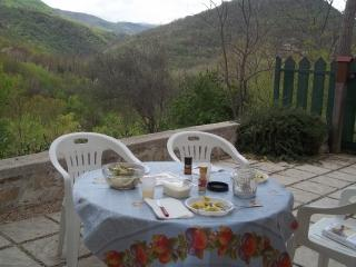 Nice 2 bedroom Teramo House with Balcony - Teramo vacation rentals