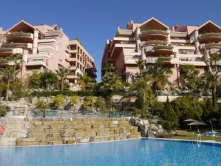 Nice Condo with Private Outdoor Pool and A/C - Marbella vacation rentals