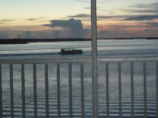 Bay View Tower #233 - Sanibel Harbour Resort - Florida vacation rentals
