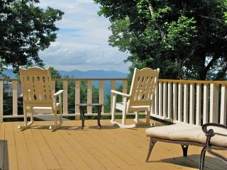 Appalachian Ski Mountain - Views and cool breezes - Blowing Rock vacation rentals