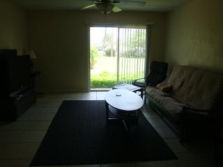 Condo Across From Beach Front Park In Ormond By The Sea - Ormond Beach vacation rentals