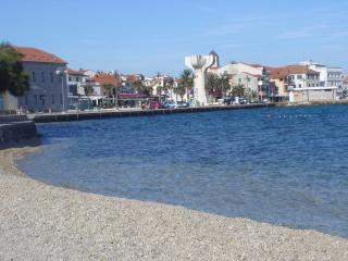 Apartment PUNTA  center- 50m beach 2+2,30m2 - Vodice vacation rentals
