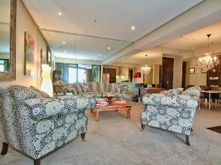 Central Wellington Apartment - Wellington vacation rentals