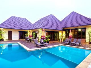 4 bedroom House with Deck in Nadi - Nadi vacation rentals