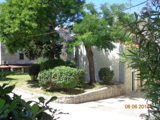 Apartment TARINO - Dalmatia vacation rentals