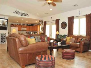 Rock Garden Retreat - 3 BR/2 BA Luxury Home & Pool/Jacuzzi - Cathedral City vacation rentals