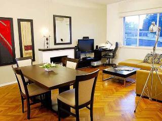 Luxury 2 bedrooms, 2 bath in Recoleta - Azcuenaga - Buenos Aires vacation rentals