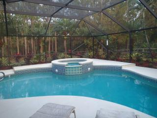 3 Br/ 2 B Pool Home, Sleeps 12, Pet-horse Friendly - Jupiter vacation rentals