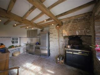 Along the A6 between Paris and the South of France - Burgundy vacation rentals