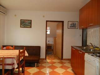 Apartments Ivan - 13792-A3 - Banj vacation rentals