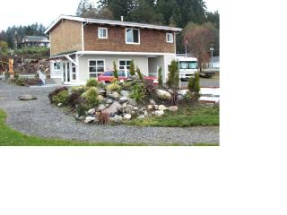 Waterfront vacation on North Bay - Puget Sound vacation rentals