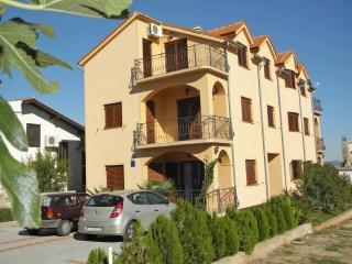 Apartments Biserka - 26411-A4 - Tribunj vacation rentals