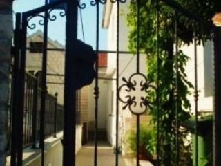 Entrance Detail - Charming Apartments in Supetar - Apartment No.1 - Cove Makarac (Milna) - rentals