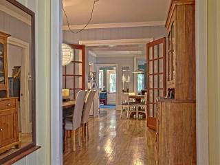 Large and beautiful condo, right in the old city! - Quebec City vacation rentals