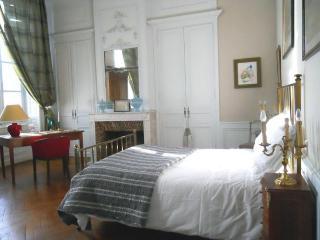 Chambres D'hotes le Saulnier: Loentine - Cognac vacation rentals