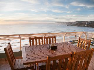 Beachfront Diaz Beach apartment - Mossel Bay vacation rentals