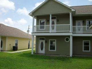 Fully furnished 2-bedroom by beach - Gulfport vacation rentals