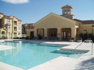 Luxury 2 BDR Condo - Terrace Ridge - Mins/Disney - Davenport vacation rentals