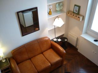 Studio near North Train Station in Paris - Paris vacation rentals