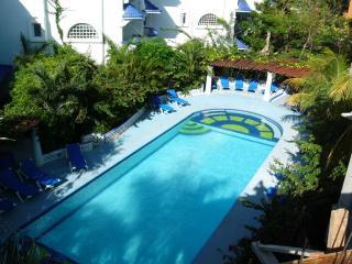 Natz Ti Ha H-101 - Condo de Playa - Playa del Carmen vacation rentals