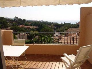 Nice Condo with Internet Access and Television - Saint-Maxime vacation rentals
