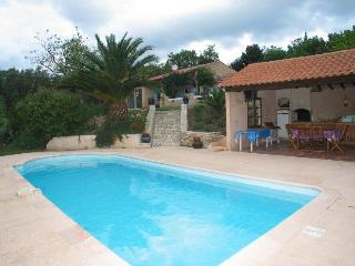 Nice Villa with Internet Access and Television - La Roquebrussanne vacation rentals