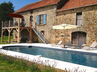 Luxury French Farmhouse - Modernised - Pool - Affieux vacation rentals