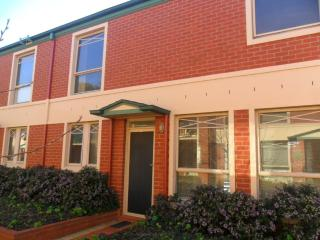 Comfortable 3 bedroom Condo in Box Hill - Box Hill vacation rentals