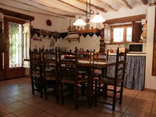 Wonderful 5 bedroom House in Villanueva del Arzobispo - Villanueva del Arzobispo vacation rentals